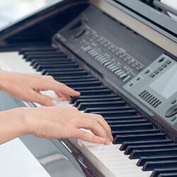 transporte de pianos electrónicos